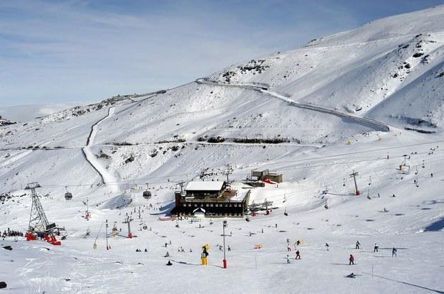 Sierra Nevada to wysunięty najdalej na południe Europy ośrodek narciarski /123/RF PICSEL