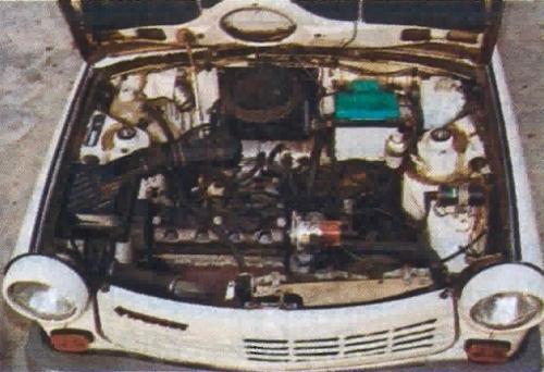 Silnik adaptowany z VW Polo to z pewnością najmocniejszy punkt Trabanta 1.1, ale należy liczyć się ze sporą awaryjnością jego osprzętu. /Motor