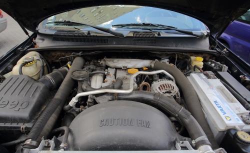 """Silnik przeszedł """"półtora remontu"""". Do awarii doprowadziły obfite wycieki oleju. /Motor"""