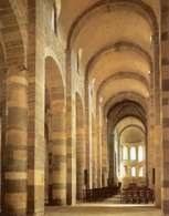 Sklepienie kolebkowe, kościół dawnego opactwa w Payerne (Szwajcaria) /Encyklopedia Internautica