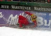 Skoczkowie w Oberstdorfie mieli trudne warunki