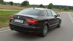 Skoda Superb 2.0 TSI DSG L&K - test