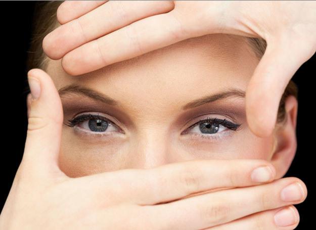 Skóra pod oczami jest aż pięć razy cieńsza niż na reszcie twarzy /123RF/PICSEL