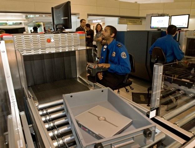 Skuteczność TSA na poziomie 5 proc. /AFP