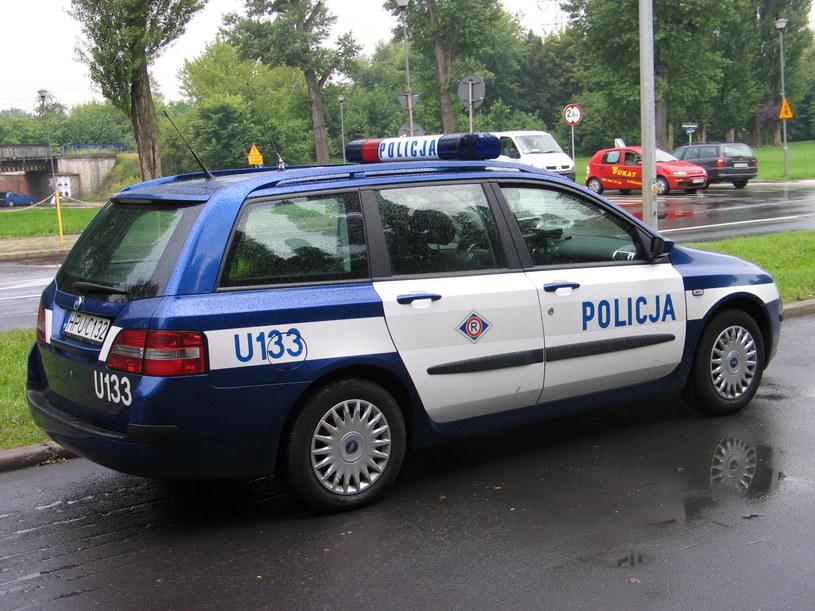 Śląska policja podziękowała osobom, które pomogły 80-letniej kobiecie. /RMF