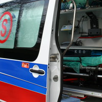 Śląskie: Wypadek busa przewożącego dzieci. 8 osób poszkodowanych