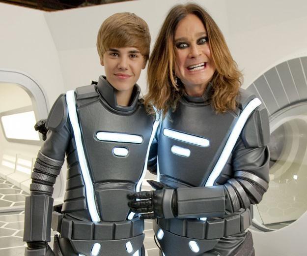 """Słit focia"" Justina Biebera z Ozzym Osbourne'em - fot. Christopher Polk /Getty Images/Flash Press Media"