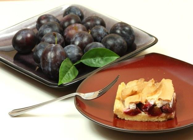 Śliwki smakują doskonale w deserach /©123RF/PICSEL