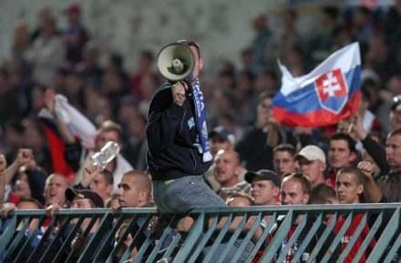 Słowaccy fani nie maja zamiaru fascynować się meczem z Polską. /AFP