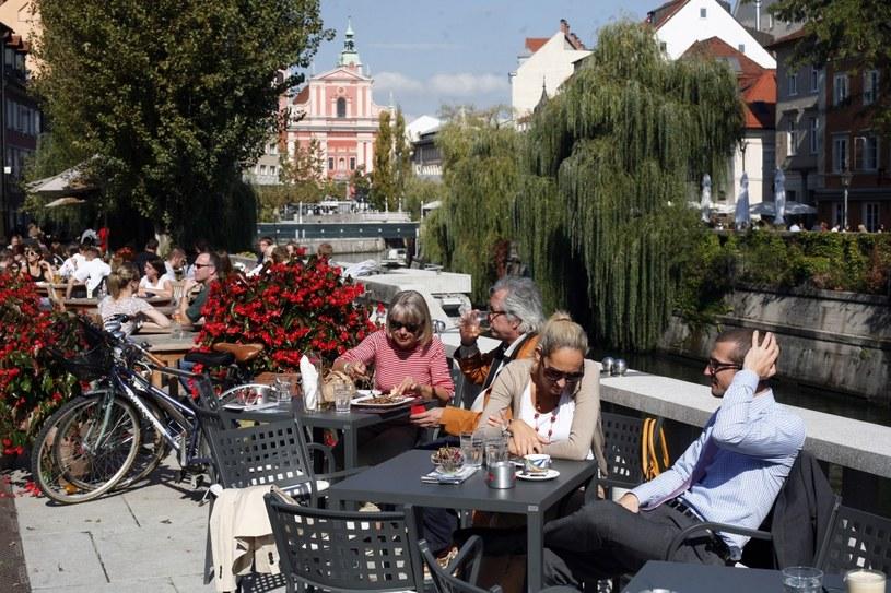 Słowenia słynie z tradycyjnej produkcji wina. Lokalnych propozycji można spróbować w Dvorni Bar /Filip Horvat /The New York Times Syndicate