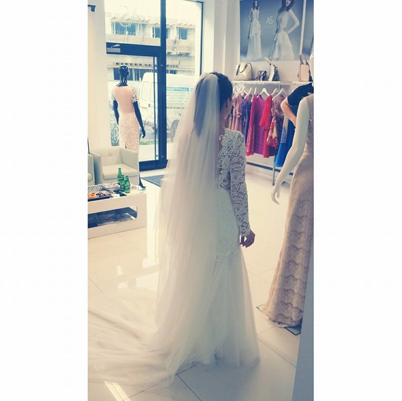 Ślubna kreacja Anny Warachim, fot. z profilu projektantki Agnieszki Światły /Facebook