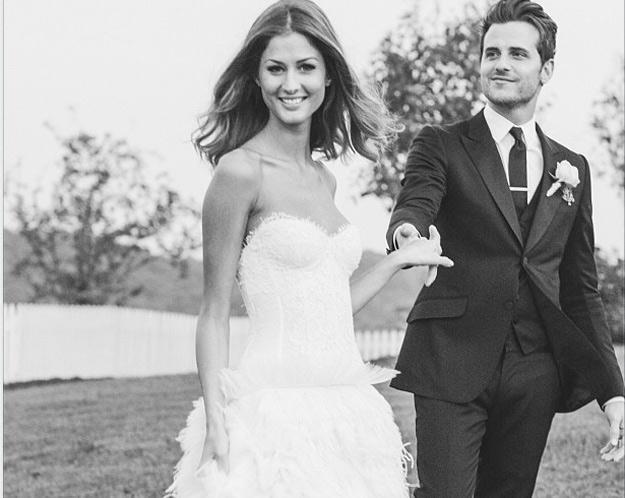 Ślubne zdjęcie Jareda Followilla /oficjalna strona wykonawcy
