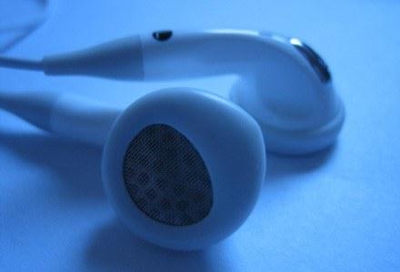 Słuchawki odtwarzacza mogą zakłócać pracę rozruszników serca | Joel Bajot /stock.xchng