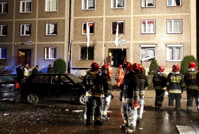 Służby na miejscu eksplozji /PAP/Andrzej Grygiel    /PAP