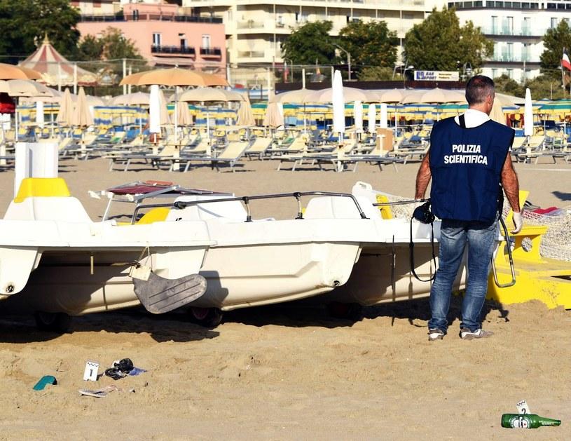 Służby policyjne w dzielnicy Miramare w Rimini (Włochy), gdzie doszło do brutalnego napadu na młode, polskie małżeństwo /Manuel Migliorini/ANSA/AP /East News