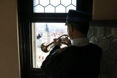 Słynny na całą Polskę sygnał RMF FM popłynął z Wieży Mariackiej