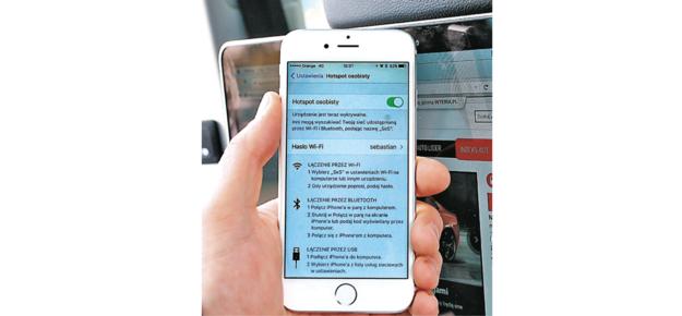 smartfon /Motor