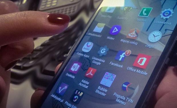 Smartfony same się naładują