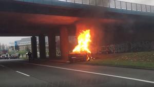 Śmiertelny wypadek w Chorzowie. Auto spłonęło na ulicy
