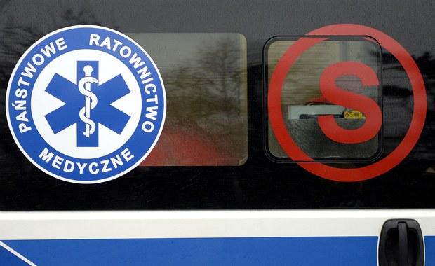 Śmiertelny wypadek w Zagórzu. Autobus zderzył się z samochodem osobowym
