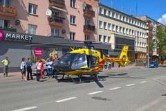 Śmigłowiec LPR zablokował ulicę w centrum Opola