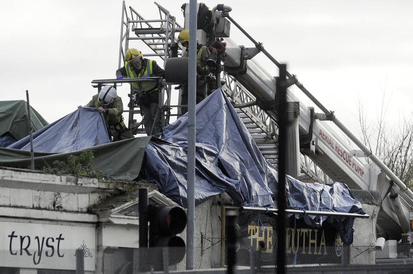 Śmigłowiec spadł na pub w Glasgow /AFP
