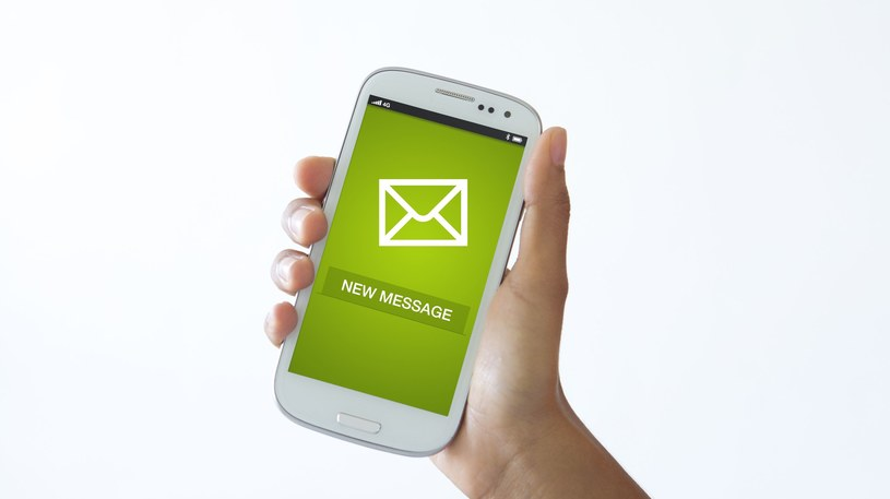 SMS-y z fałszywymi informacjami to nic nowego. Niestety, nadal bywają skuteczne /©123RF/PICSEL