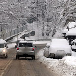 Śnieżyce w Polsce. Zmarły dwie osoby, 60 tys. odbiorców bez prądu