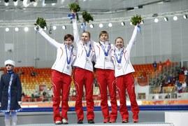 Soczi 2014: Ceremonia wręczenia medali w rywalizacji drużynowej kobiet. Galeria