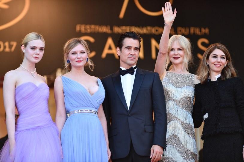 """Sofia Coppola (P) z gwiazdami swego filmu """"Na pokuszenie"""" /ANADOLU AGENCY /Getty Images"""