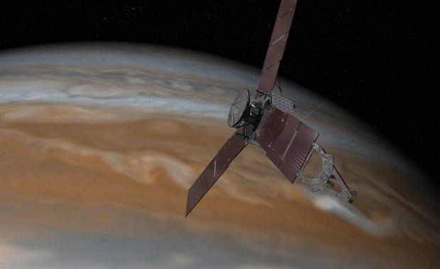 Sonda Juno opóźnia ważny manewr