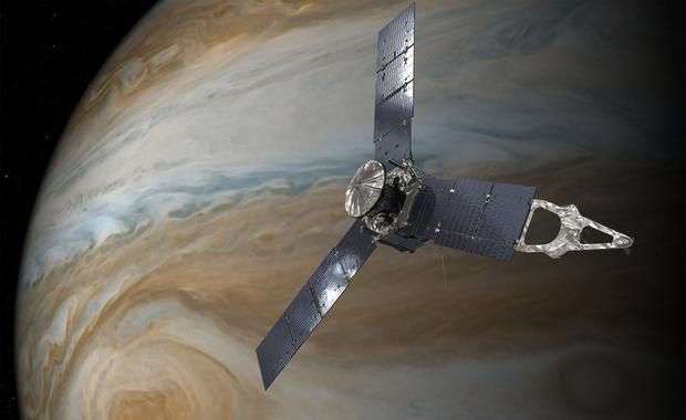 Sonda Juno utknęła na złej orbicie