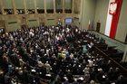 Sondaż CBOS: Cztery partie w Sejmie