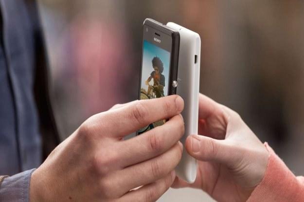 Sony Xperia M korzysta z technologii zbliżeniowej NFC /materiały prasowe