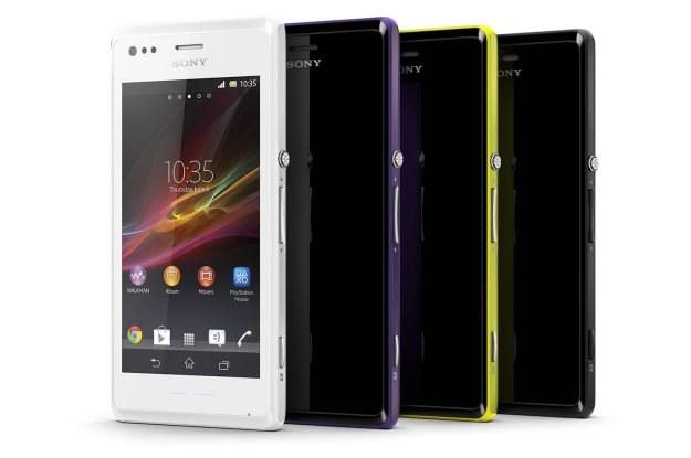 Sony Xperia M sprzedawana jest w 4 wersjach kolorystycznych /materiały prasowe
