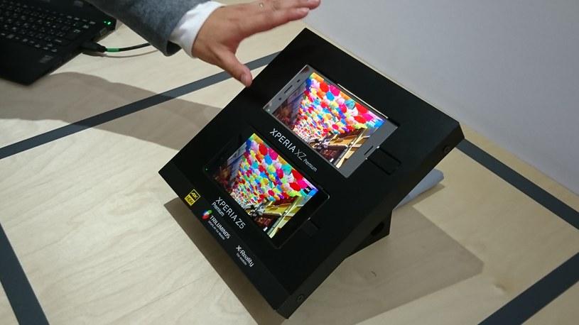 Sony Xperia XZ Premium i Z5 Premium - porównanie wyświetlaczy /INTERIA.PL