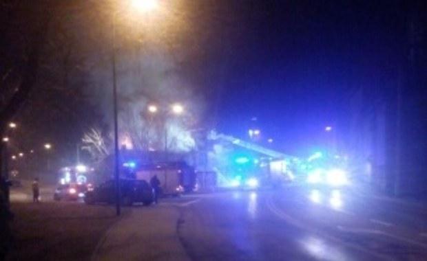 Sosnowiec: Pożar przy ul. Kombajnistów. Dwie osoby trafiły do szpitala