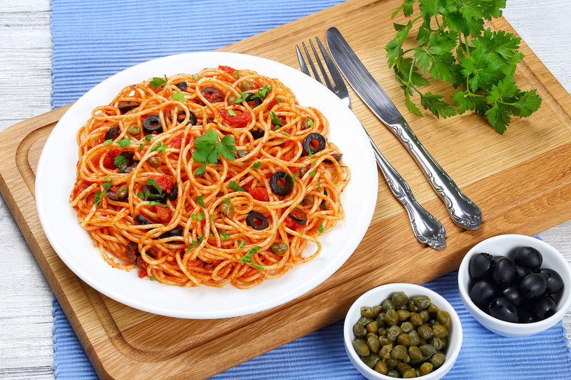 Spaghetti z kaparami /©123RF/PICSEL