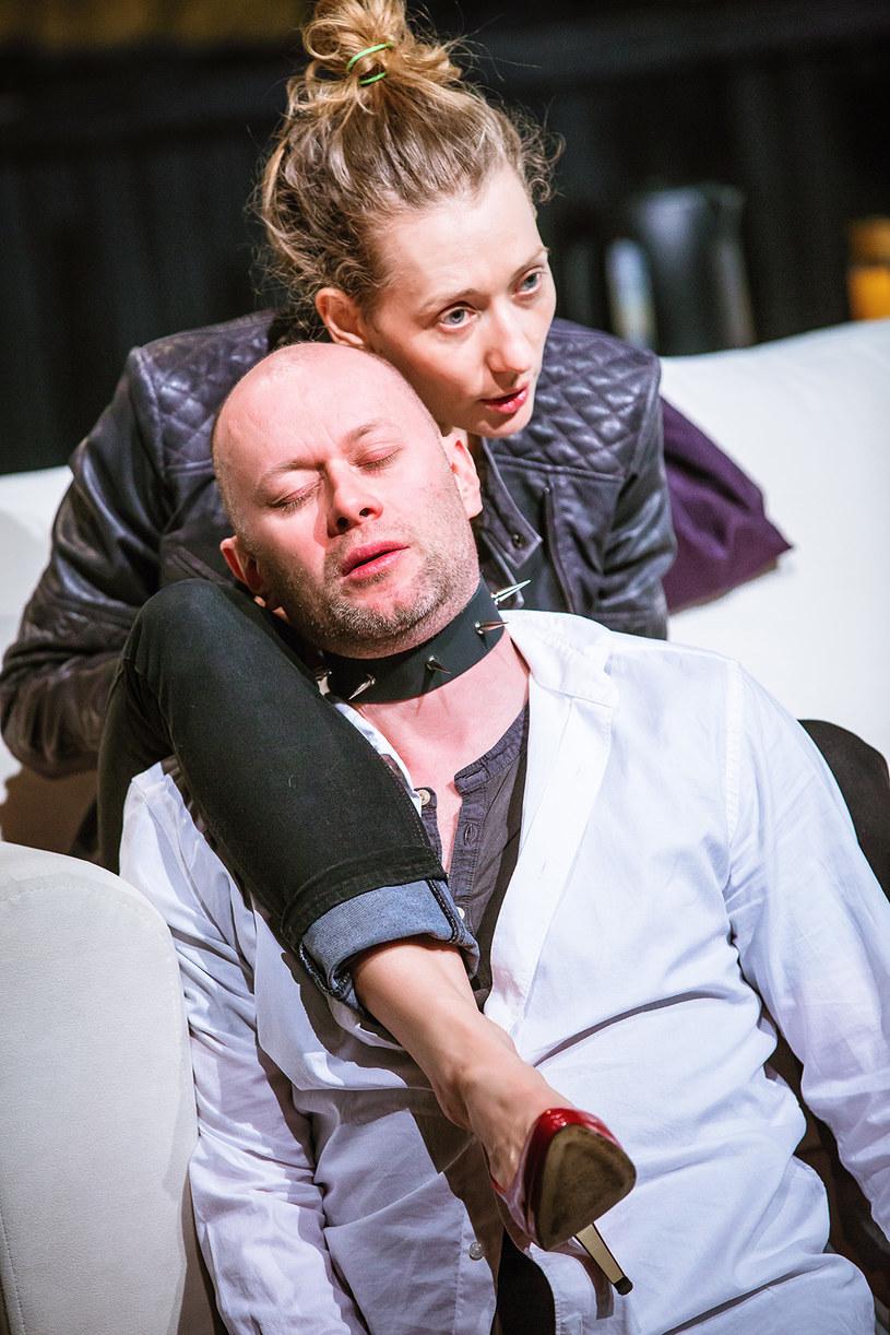 """Spektakl """"Wenus w futrze"""", fot. Kasia Chmura-Cegiełkowska/teatralna.com /materiały prasowe"""