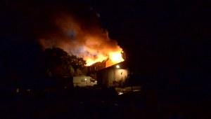 Spłonął dom wielorodzinny w Wielkopolsce. 6 osób rannych