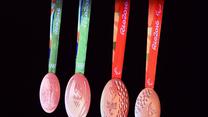 Sportowcy masowo zwracają medale igrzysk w Rio. Wideo