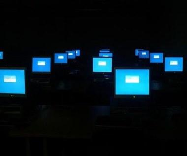 Spory o władzę nad internetem