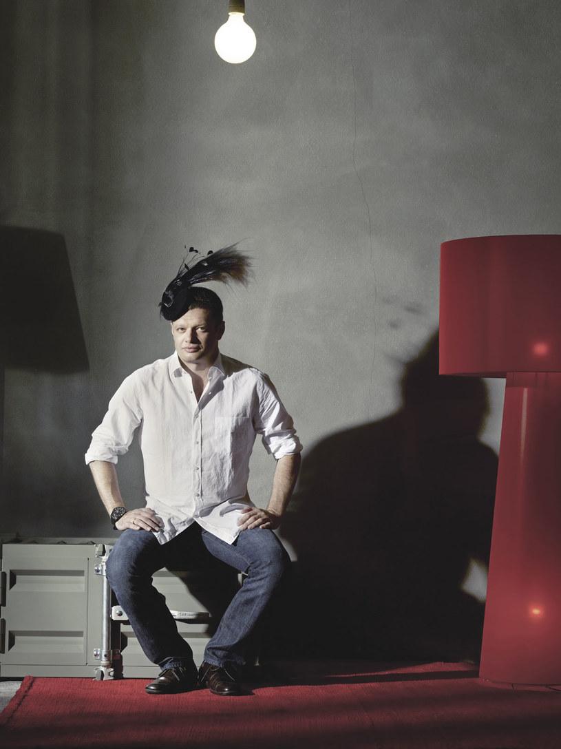 Sposób Marcina na stres? Nowa kurtka albo seans z romansidłem czytanym w łóżku  /Łukasz Murgrabia /Twój Styl