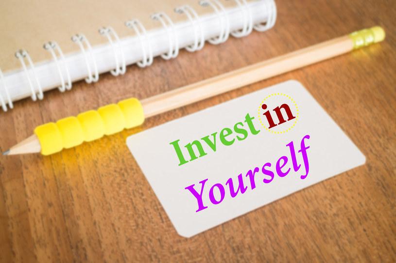 Sposobem na wykorzystanie dodatkowego zastrzyku pieniędzy jest inwestycja w siebie /123RF/PICSEL