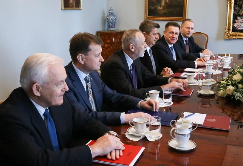 Spotkanie przewodniczących klubów parlamentarnych z prezydentem Komorowskim /Paweł Supernak /PAP