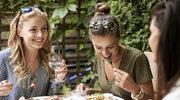 Spożywamy o ok. 50 proc. więcej kalorii niż nam się wydaje