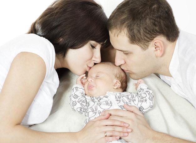 Sprawdź, czy twoje dziecko słyszy. Nie zwlekaj, bo czas odgrywa dużą rolę! /123RF/PICSEL