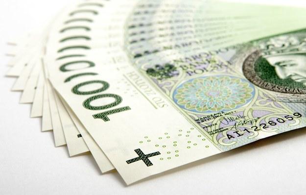 Sprawdź, ile zarabiasz /123RF/PICSEL