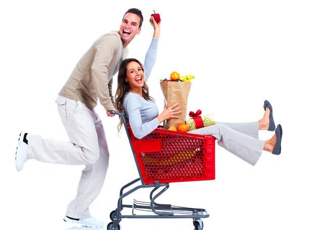 Sprawdź, jak zaoszczędzić na zakupach! /123RF/PICSEL