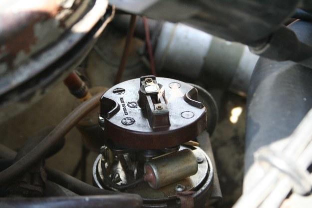 Sprawdź kopułkę i szpryca w gaźnik, musi odpalić /INTERIA.PL